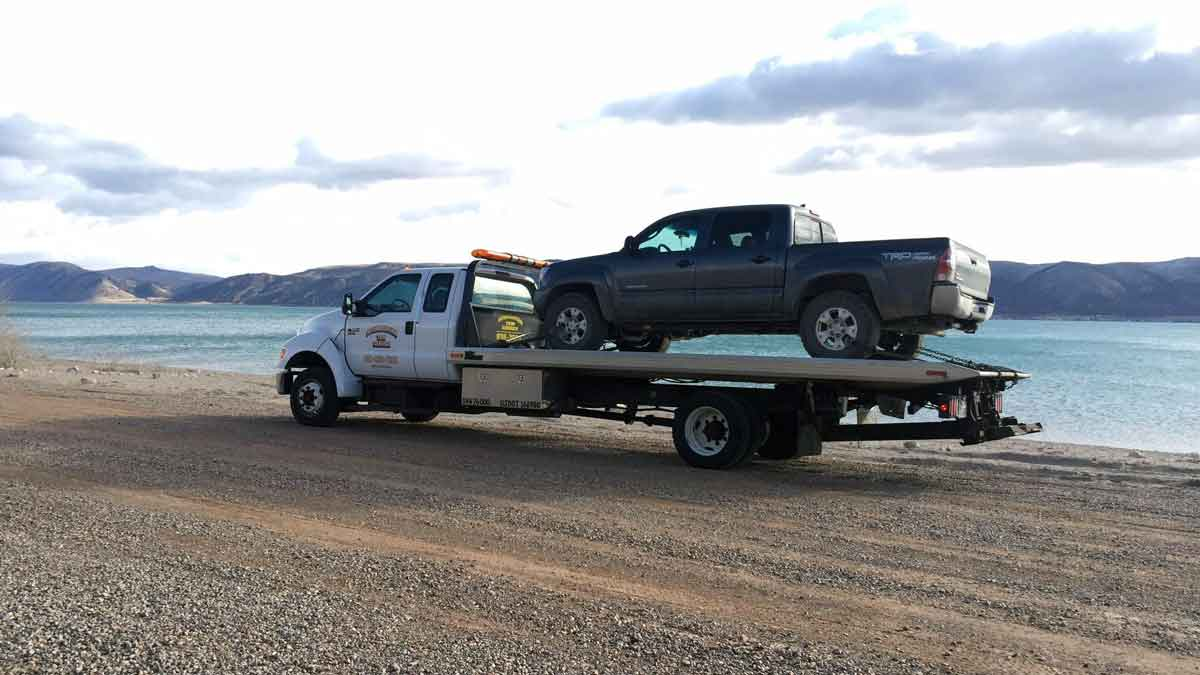 north salt lake towing staff